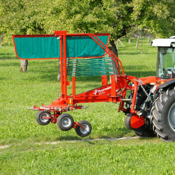 Kverneland-da-forgie-forage-single-rotor-rake-9032-9035-9439-9442t-9443-9447t-4