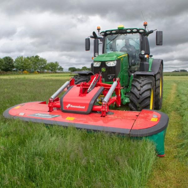 Kverneland-farm-da-forgie-northern-ireland-forage-disc-mower-conditioner-2