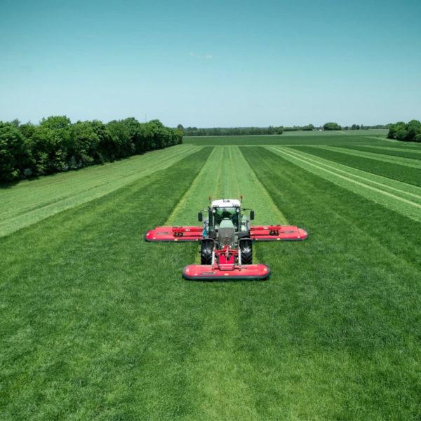 Kverneland-farm-da-forgie-northern-ireland-forage-disc-mower-conditioner-3