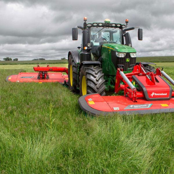 Kverneland-farm-da-forgie-northern-ireland-forage-disc-mower-conditioner-5