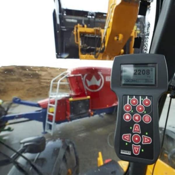 Kverneland-farm-machinery-sale-da-forgie-northern-ireland-feeding-diet-feeder-verticle-auger-1
