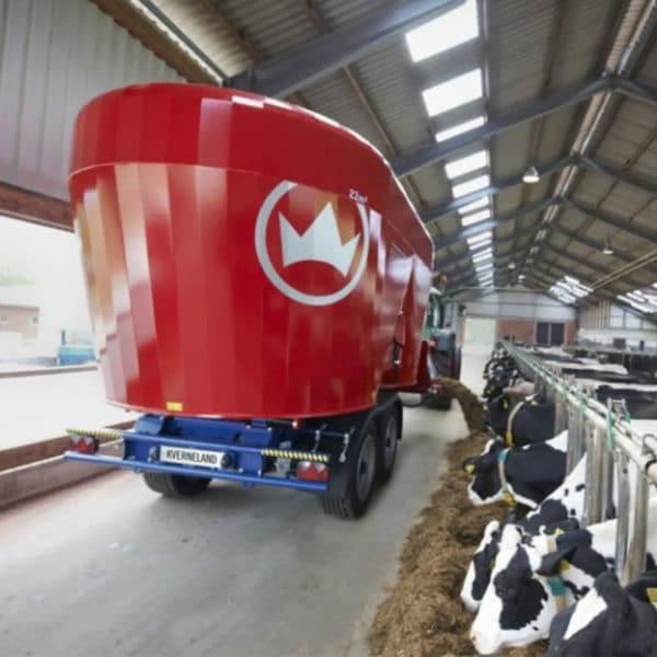 Kverneland-farm-machinery-sale-da-forgie-northern-ireland-feeding-diet-feeder-verticle-auger-2