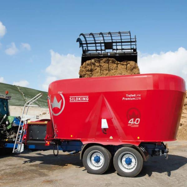 Kverneland-farm-machinery-sale-da-forgie-northern-ireland-feeding-diet-feeder-verticle-auger-3