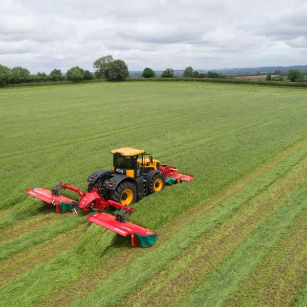 Kverneland-farm-sale-da-forgie-northern-ireland-forage-5