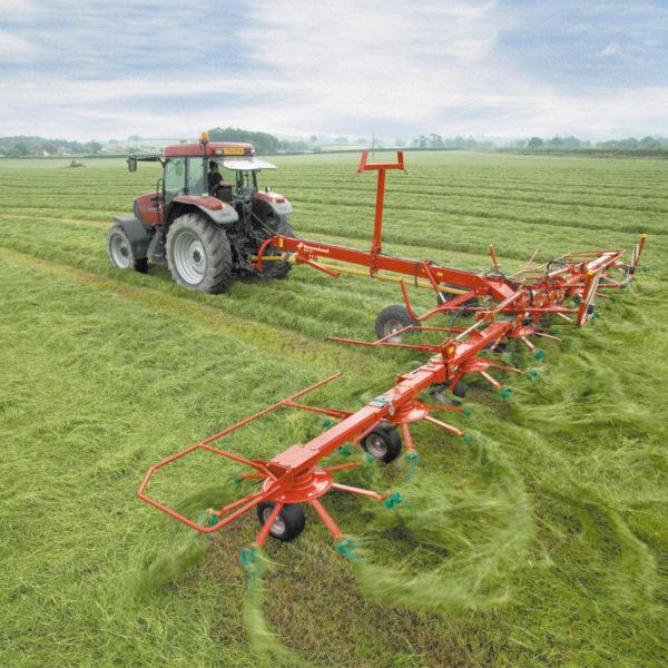 Kverneland-farm-sale-da-forgie-northern-ireland-forage-carrier-frame-tedders-85140C-TRAILED-HIGH-CAPACITY-TEDDER-2