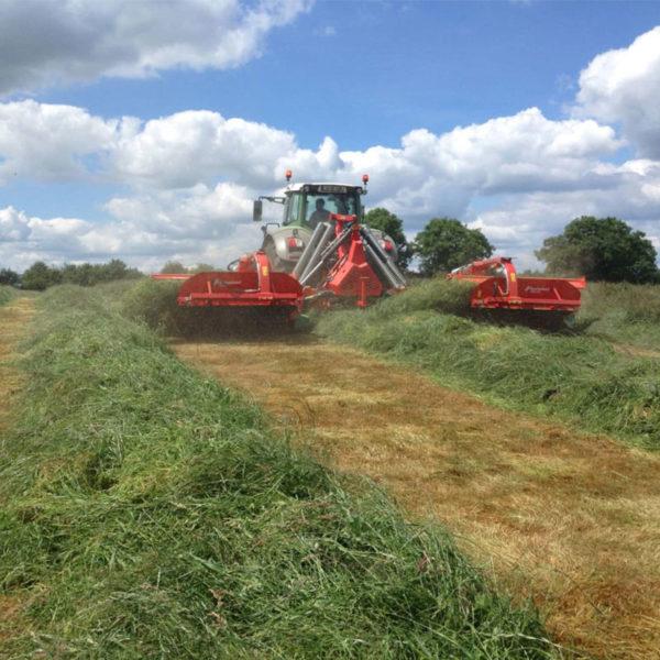 Kverneland-farm-sale-da-forgie-northern-ireland-forage-disc-mower-conditioner-rear-5090-mt-bx-4