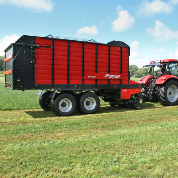 Kverneland-farm-sale-da-forgie-northern-ireland-forage-loader-silage-wagon-10040-10045-10055-r-5