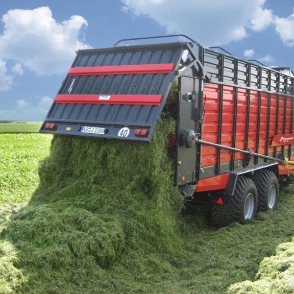 Kverneland-farm-sale-da-forgie-northern-ireland-forage-loader-silage-wagon-10040-10045-10055-r-7