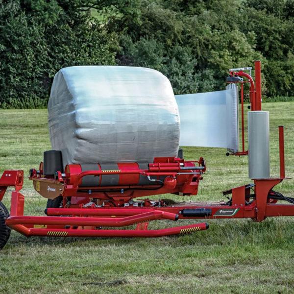 Kverneland-farm-sale-da-forgie-northern-ireland-forage-round-bale-wrappers-7730-1