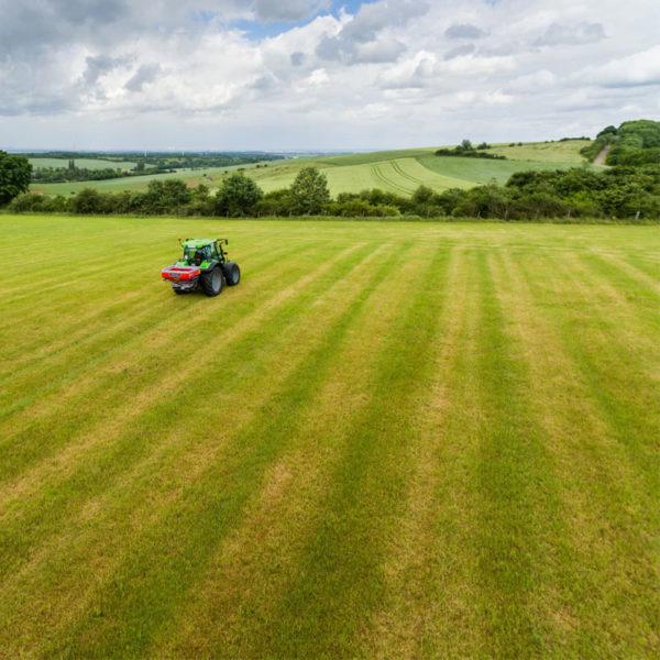 Kverneland-farm-sale-da-forgie-northern-ireland-spreading-disc-spreaders-exacta-el-4