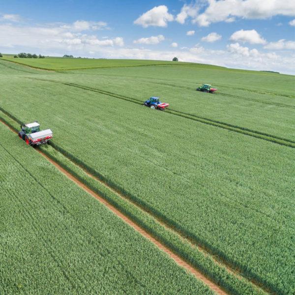 Kverneland-farm-sale-da-forgie-northern-ireland-spreading-disc-spreaders-exacta-el-5