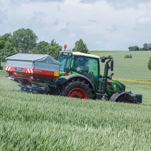 Kverneland-farm-sale-da-forgie-northern-ireland-spreading-disc-spreaders-exacta-hl-5
