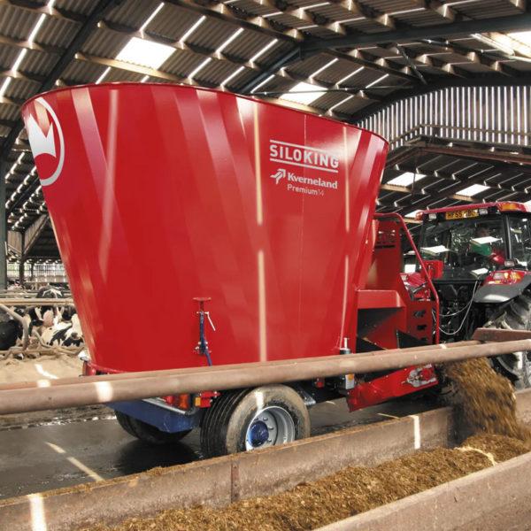 Kverneland-farm-sales-da-forgie-northern-ireland-feeding-auger-diet-feeders-classic-premium-2