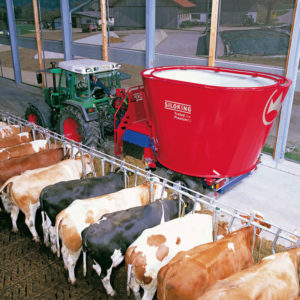Kverneland-farm-sales-da-forgie-northern-ireland-feeding-auger-diet-feeders-classic-premium-3