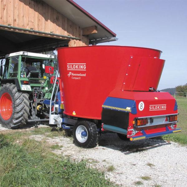 Kverneland-farm-sales-da-forgie-northern-ireland-feeding-auger-diet-feeders-trailedline-classic-compact-2